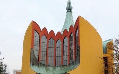 Modernizm w architekturze obiektów sakralnych Wrocławia